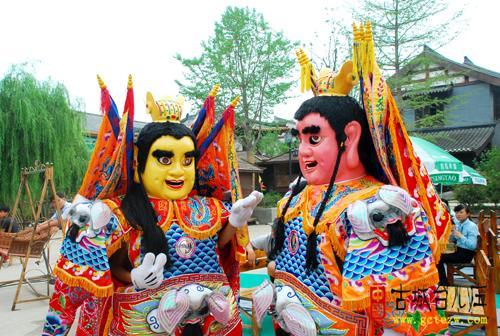 台儿庄美食:中华古城月美食佛山美食节今日在东方广场台湾首届图片