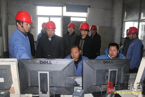 宋伯仲副区长带队检查冬季特种设备安全工作(图)